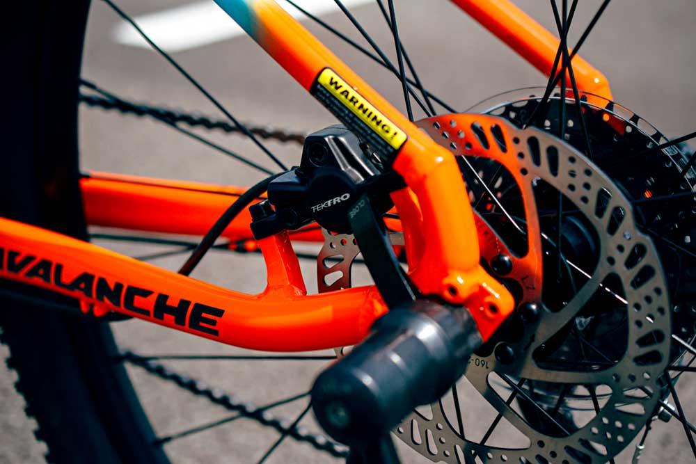 宝塚市 宝塚 小林 自転車 gt avalanche sport